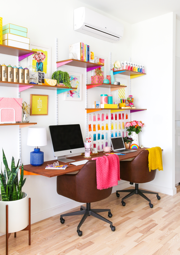 10 Colorful Office Spaces
